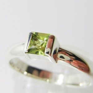 Tiffany & Co Sterling Silver Peridot Stacking Ring